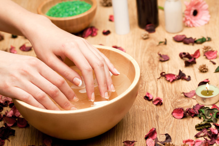 ванночки для ногтей с морской солью может есть