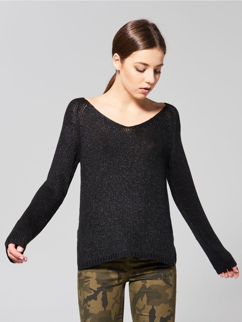 Черный Пуловер