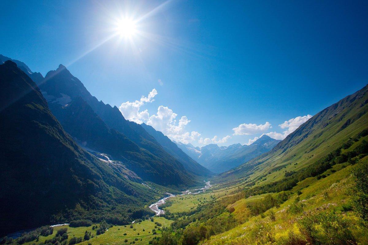 Веселый ежик, природа кавказа фото самые красивые места