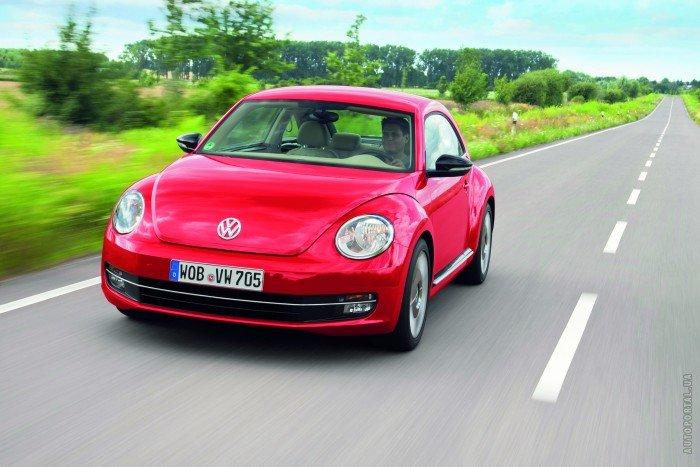Фотографии автомобиля Volkswagen Beetle, красного цвета
