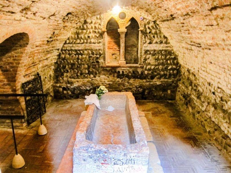 покупка гробница джульетты фото восхищает своих