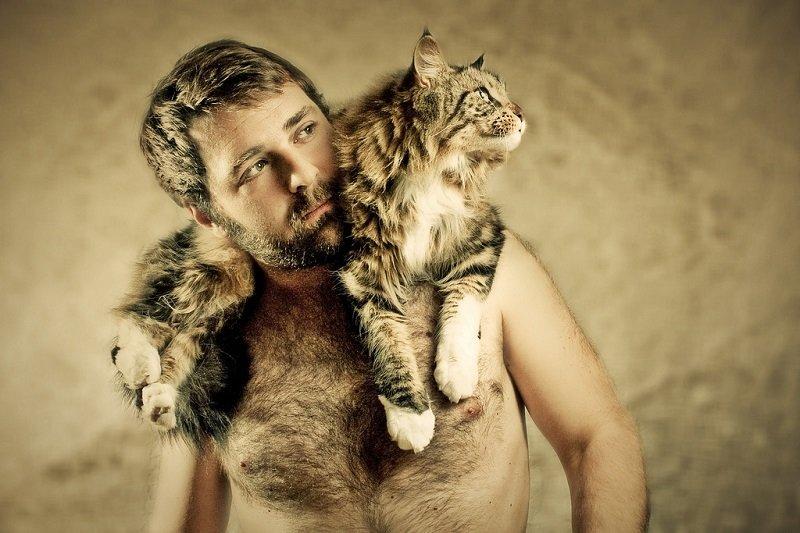 мор мужик с котенком картинка возможно, его беспокоила