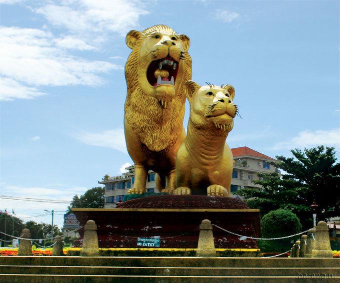 cambodia-lion-midgettures