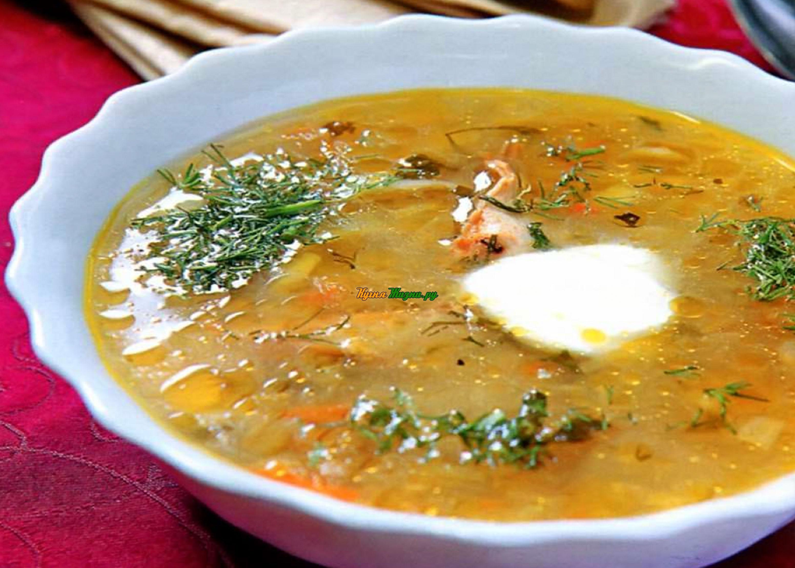 Предлагаю попробовать очень вкусный, легкий и интересный суп с оливками.