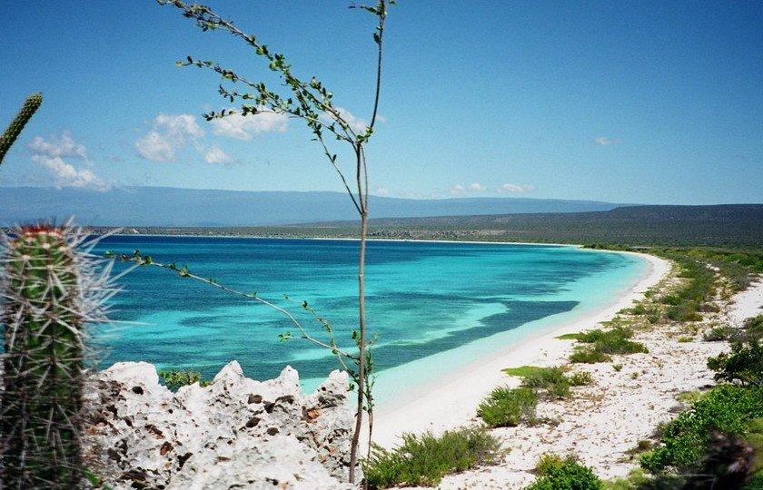 Пляж Байя де лас Агилас в Доминикане