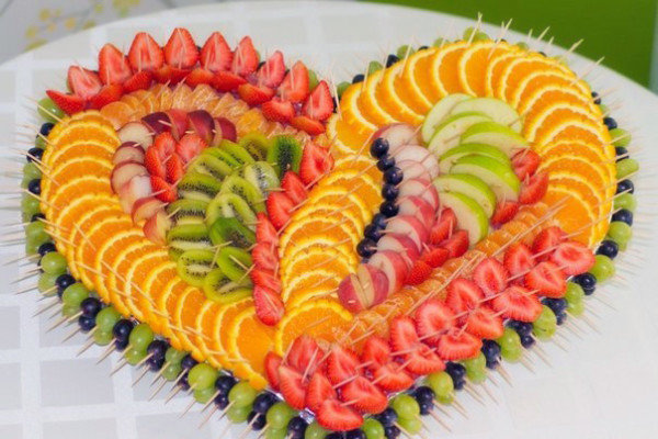 Оформление фруктов на столе