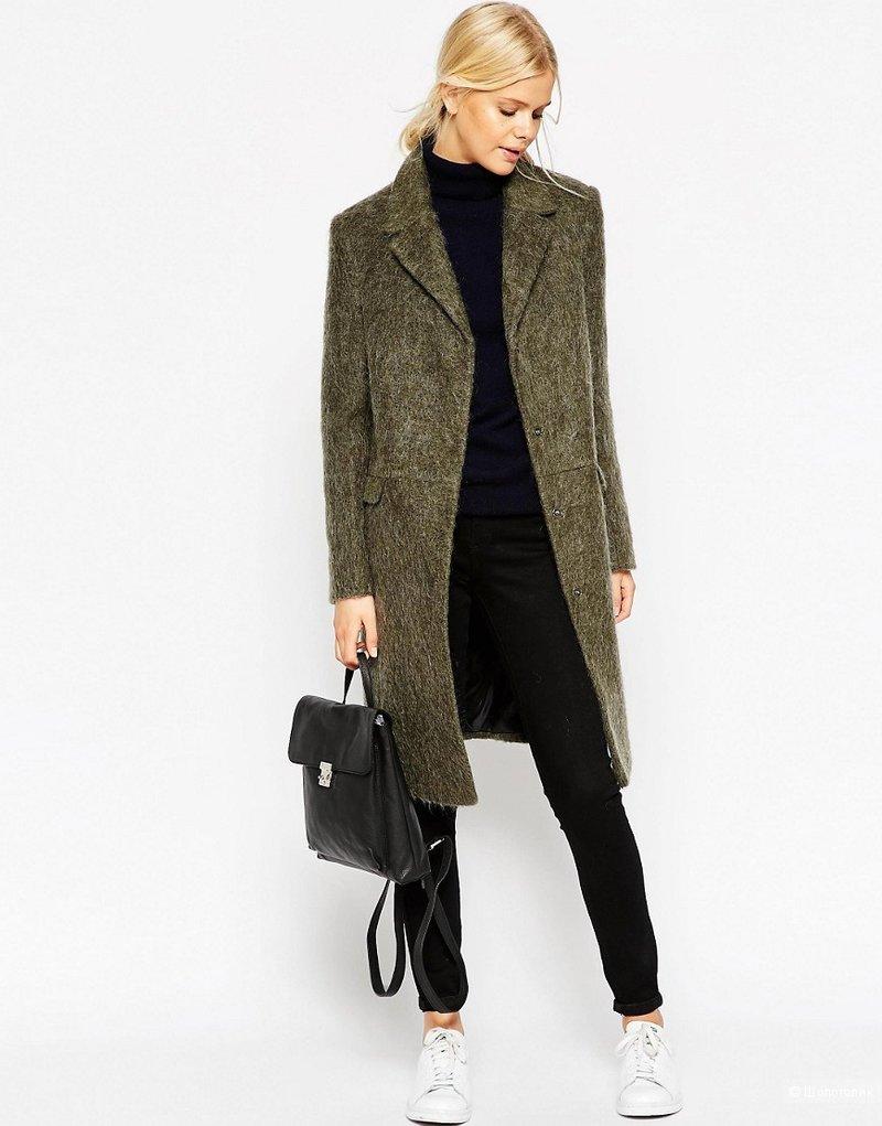 Прямое пальто из шерсти