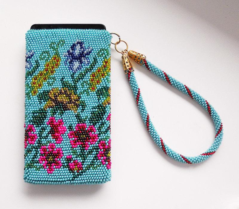 Вязание крючком с бисером чехла для телефона