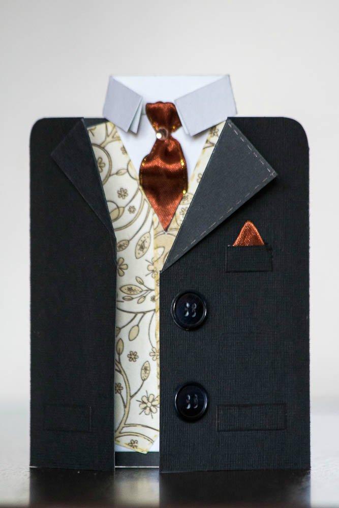 Открытка в виде рубашки с галстуком своими 726