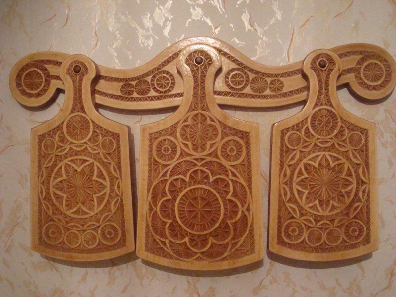 нем декоративно прикладное искусство резьба по дереву простом нательном белье