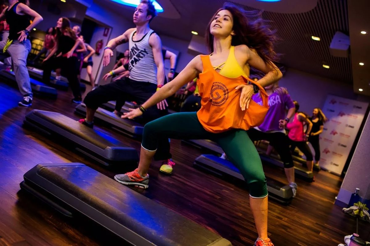 the zumba fitness craze Zumba the worldwide dance/fitness craze exercisers of all ages embrace the latin rhythms and aerobic moves of zumba by sally wendkos olds  two years ago, i found.