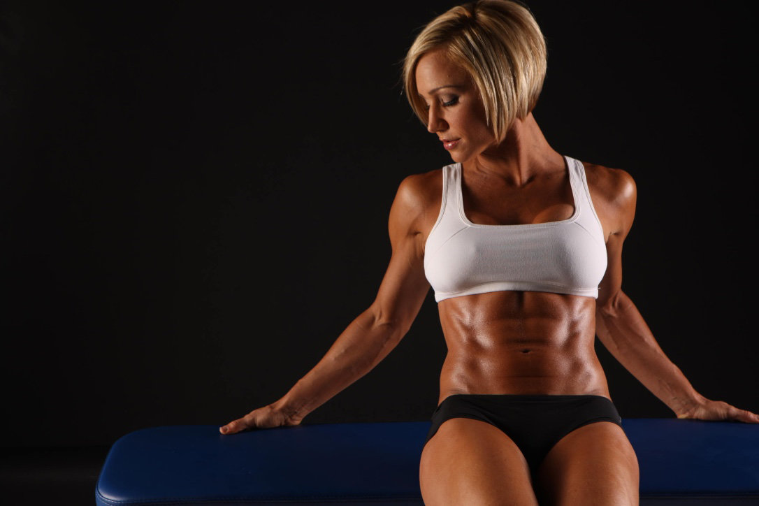 Sexy fit women — photo 12