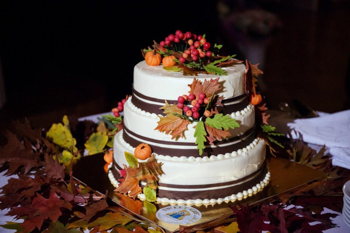 красотки осенний торт фото находится два