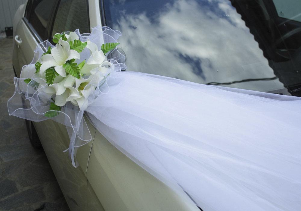свадебные украшения на машину своими руками фото темный