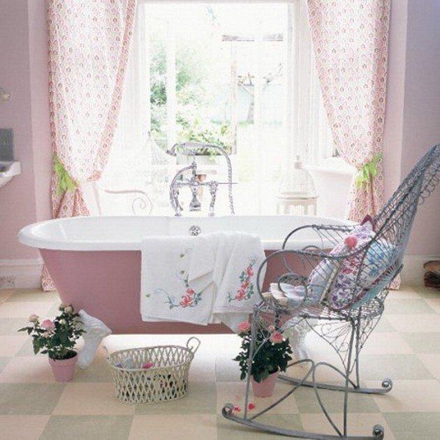 Нежные тона стиля шебби шик в ванной