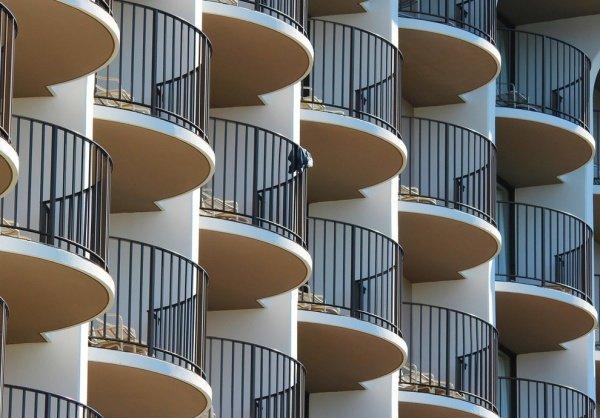 Балконы жилого дома