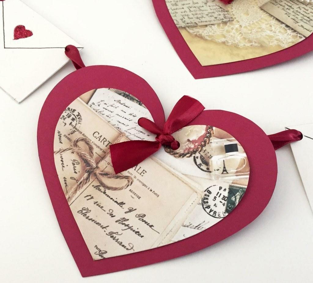 Для оформления, как украсить сердечками открытку