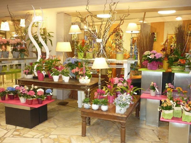 Интернет магазин цветов для флористика киев, букет
