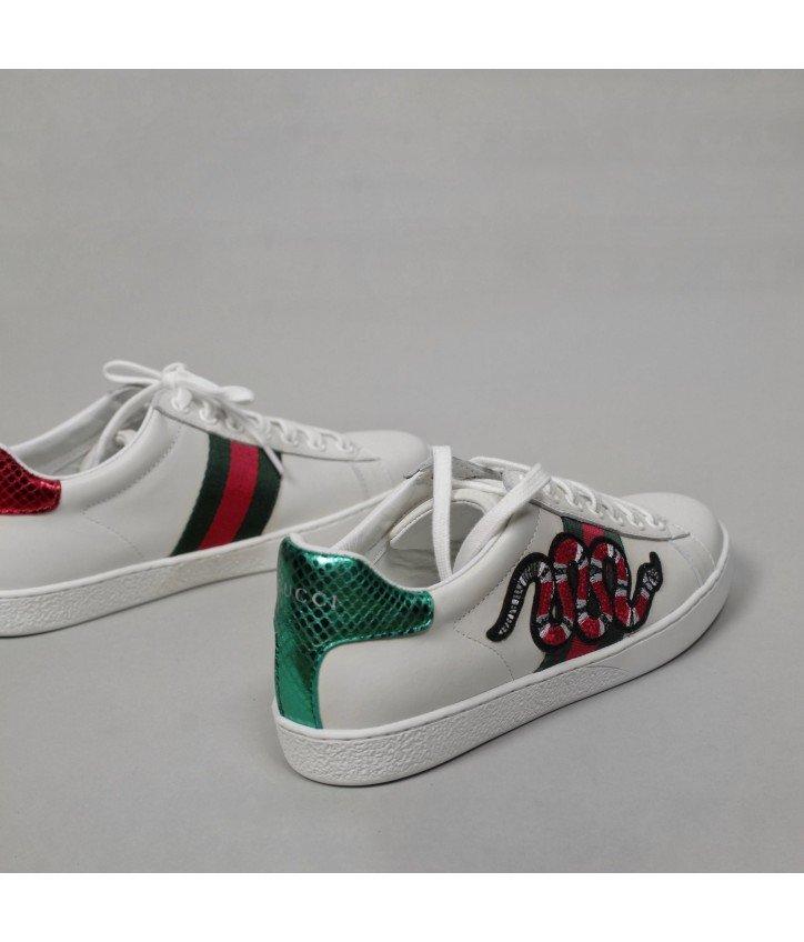 063726b5bc42 Ботинки зимние Gucci женские. Gucci ботинки женские зимние Перейти на  официальный сайт производителя.
