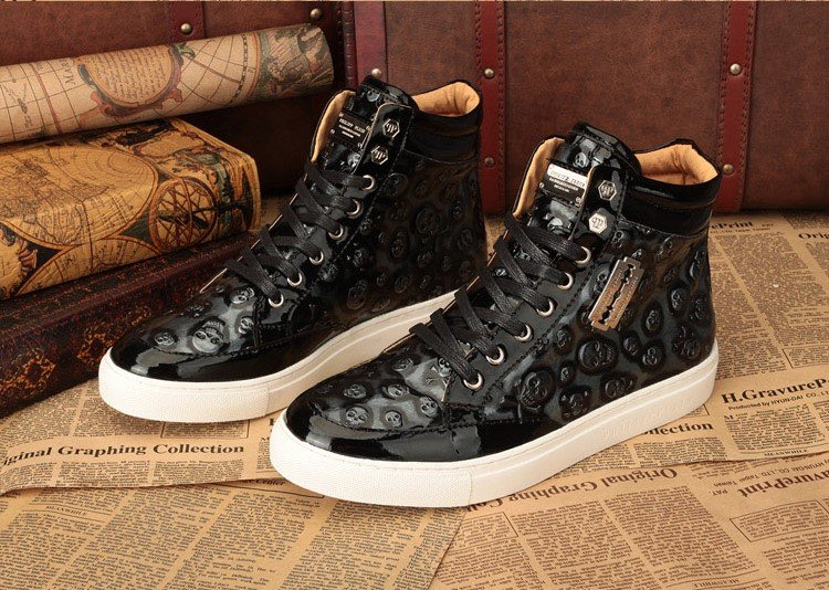 0815a911fb21 Распродажа брендовых кроссовок. Дисконт кроссовки - купить недорого в  Москве Сайт производителя.