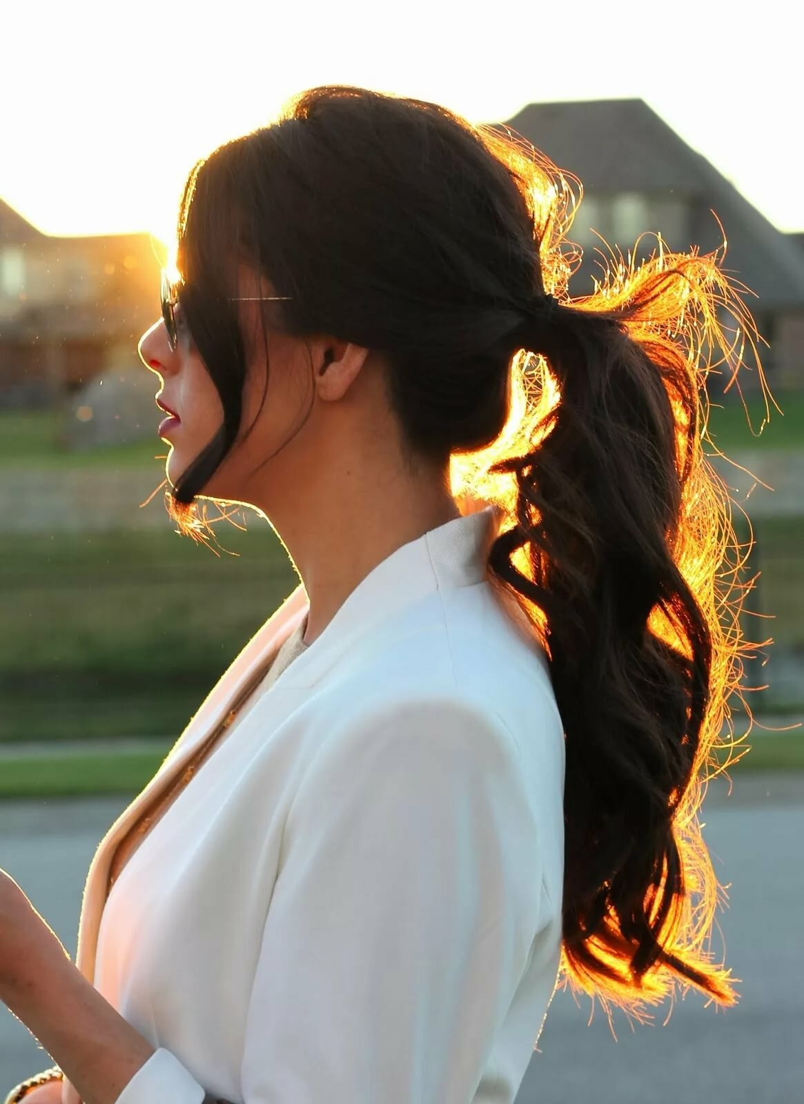 Красивые картинки девушек со спины брюнеток с длинными волосами