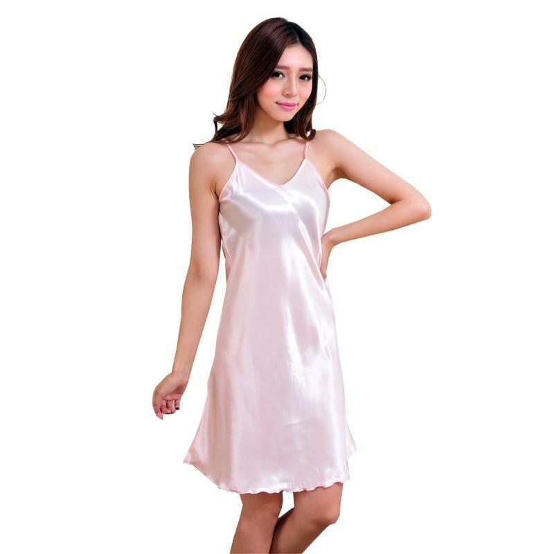 фото девушек в шелковом платье понеслось, через