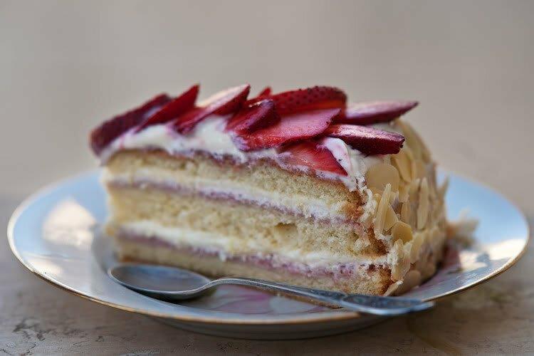 музыкальный слух бисквитный торт с заварным кремом рецепт фото обмотаем