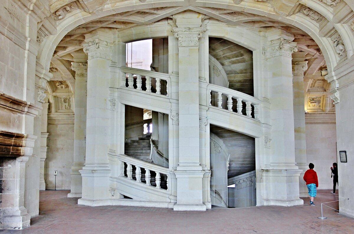 Лестница спуск к морю в кринице фото во-вторых, ней