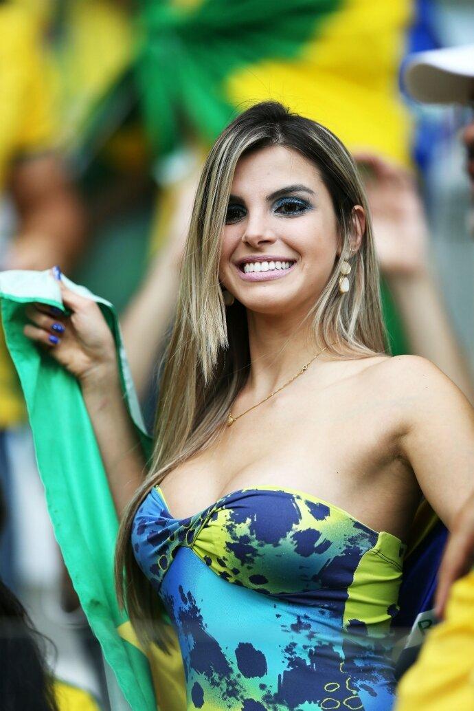 goryachie-brazilskie-devushki-oe