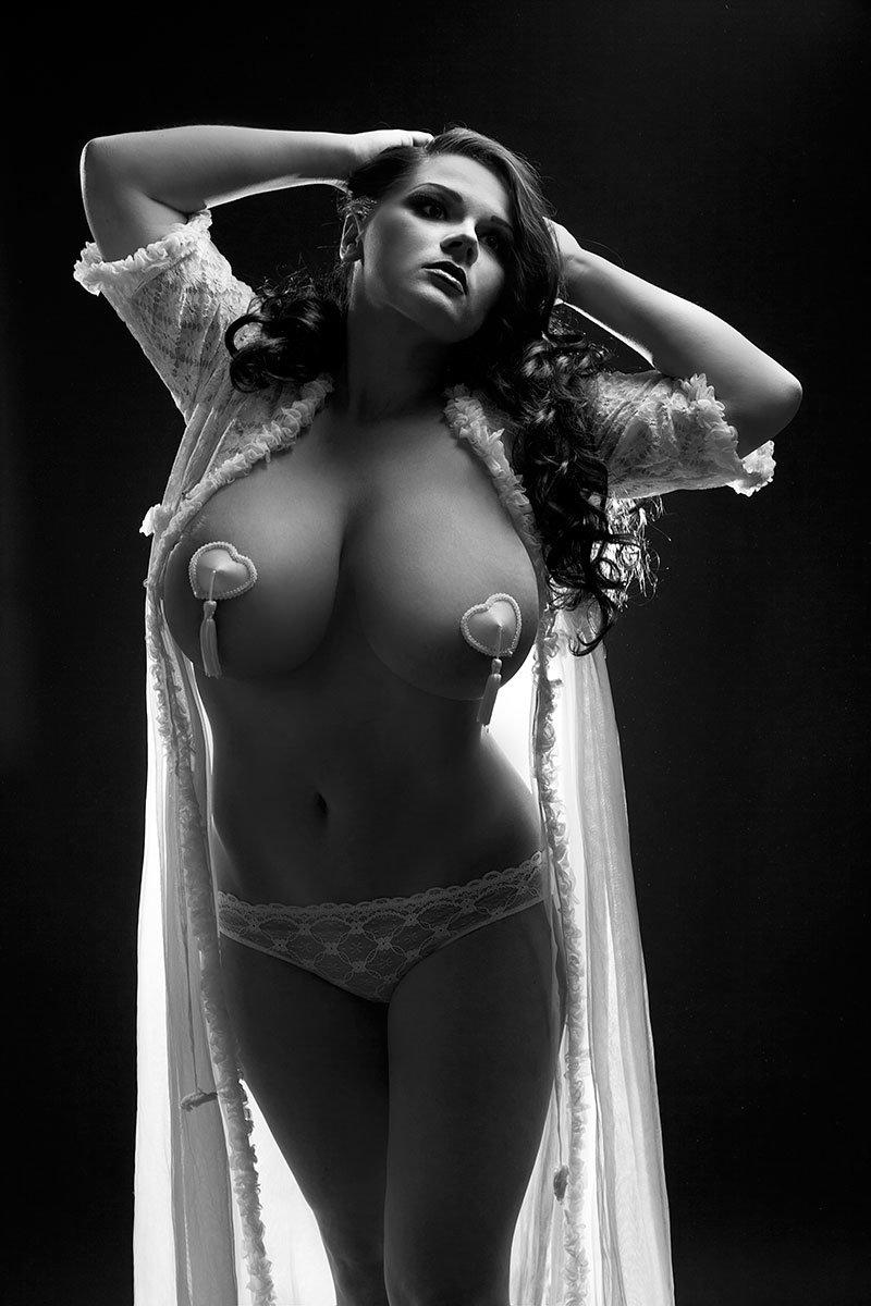 Красивая фото эротика фотосессии самые огромные