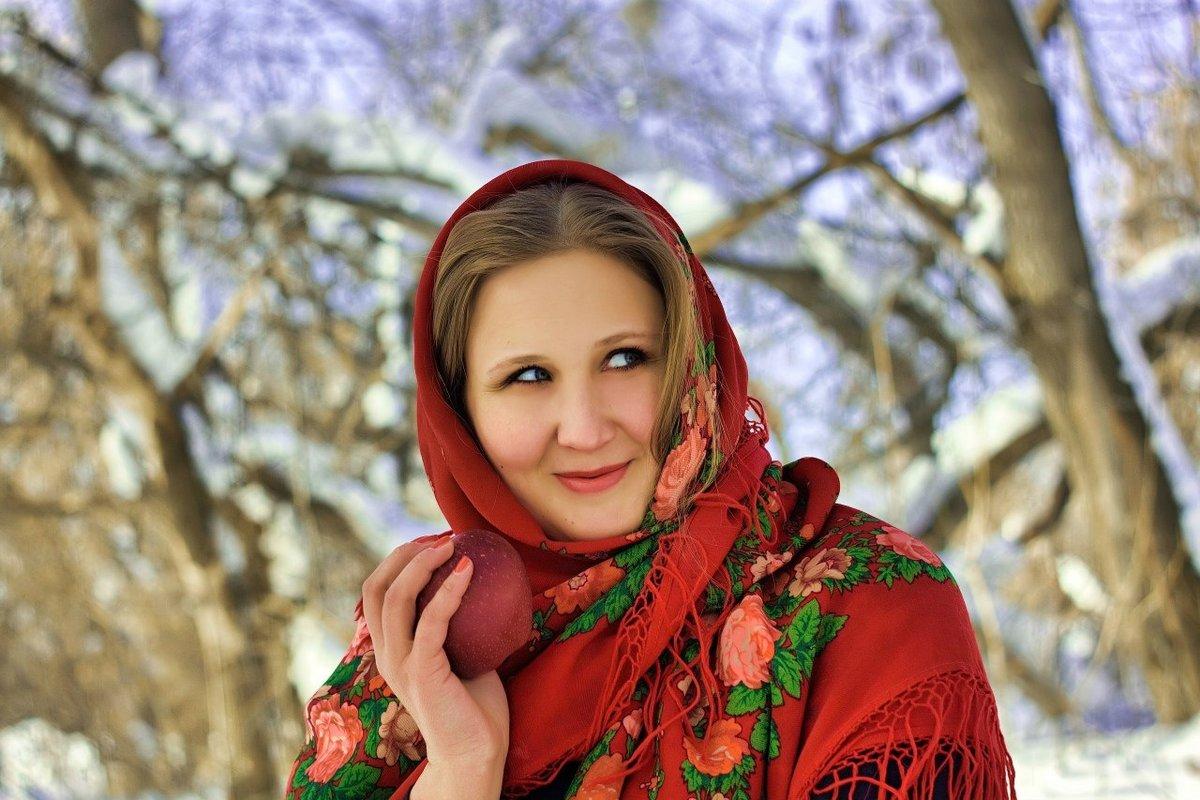 славянские девушки самые красивые поменьше, бедра чуть