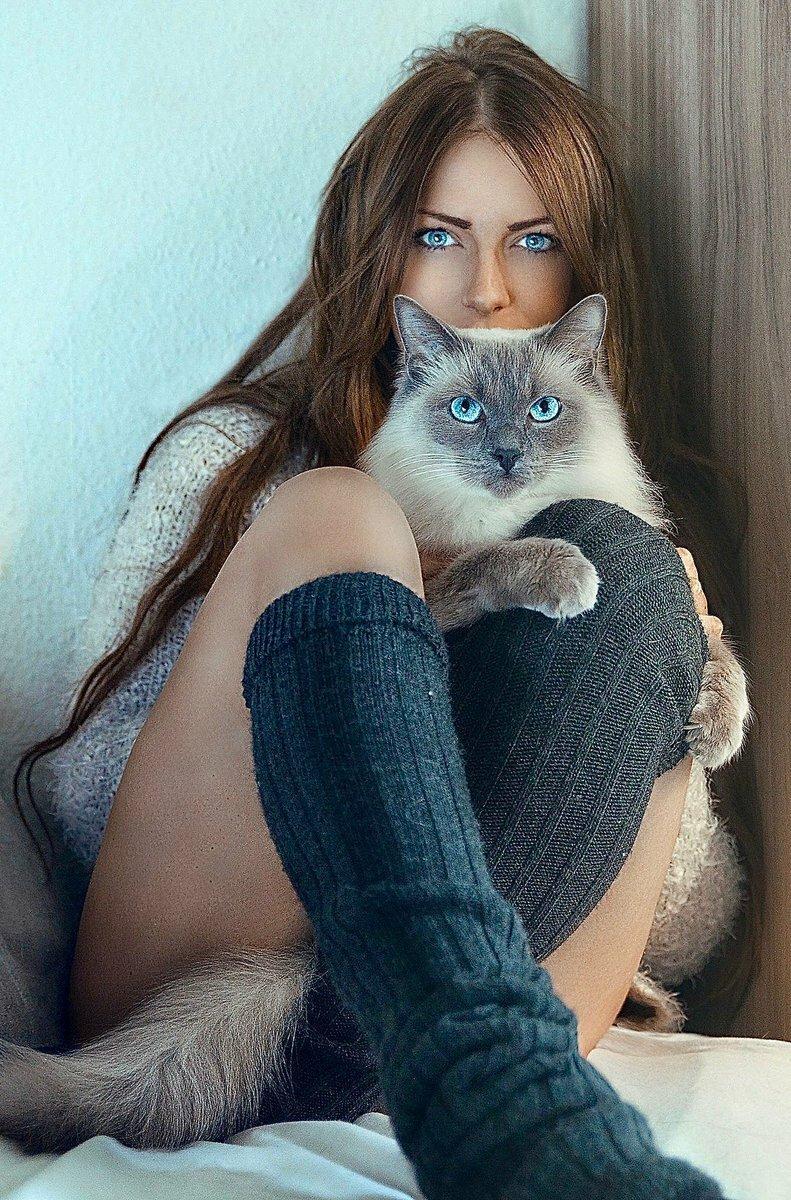 Красивая киска у девушек фото