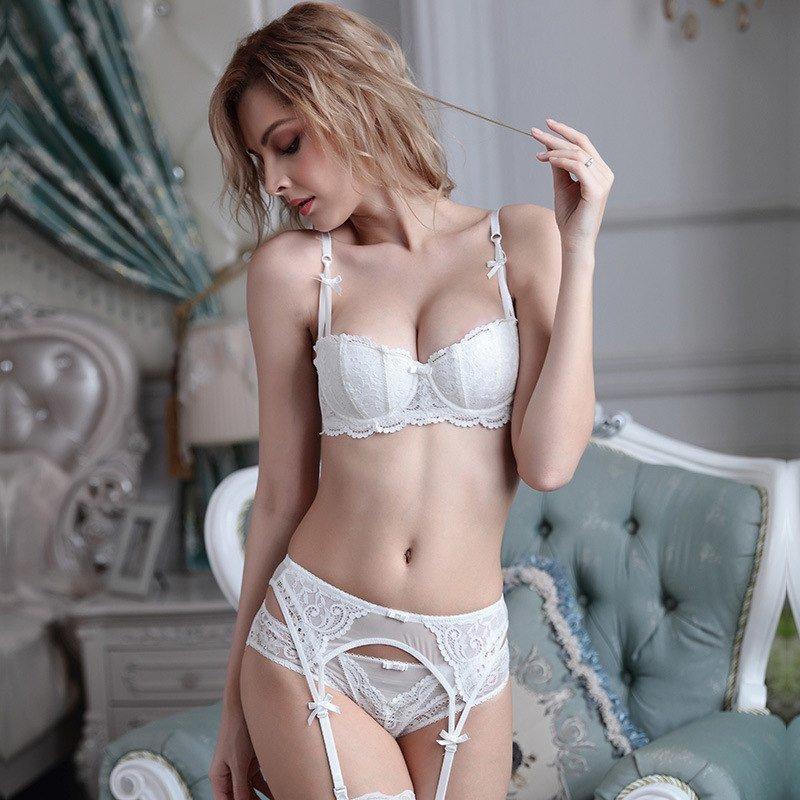 volosatoy-zhope-foto-devok-v-tonkom-bele-blondinku-popku-porno