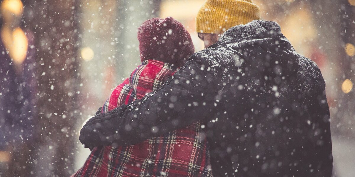 фото пар зимой со спины фотосъемка
