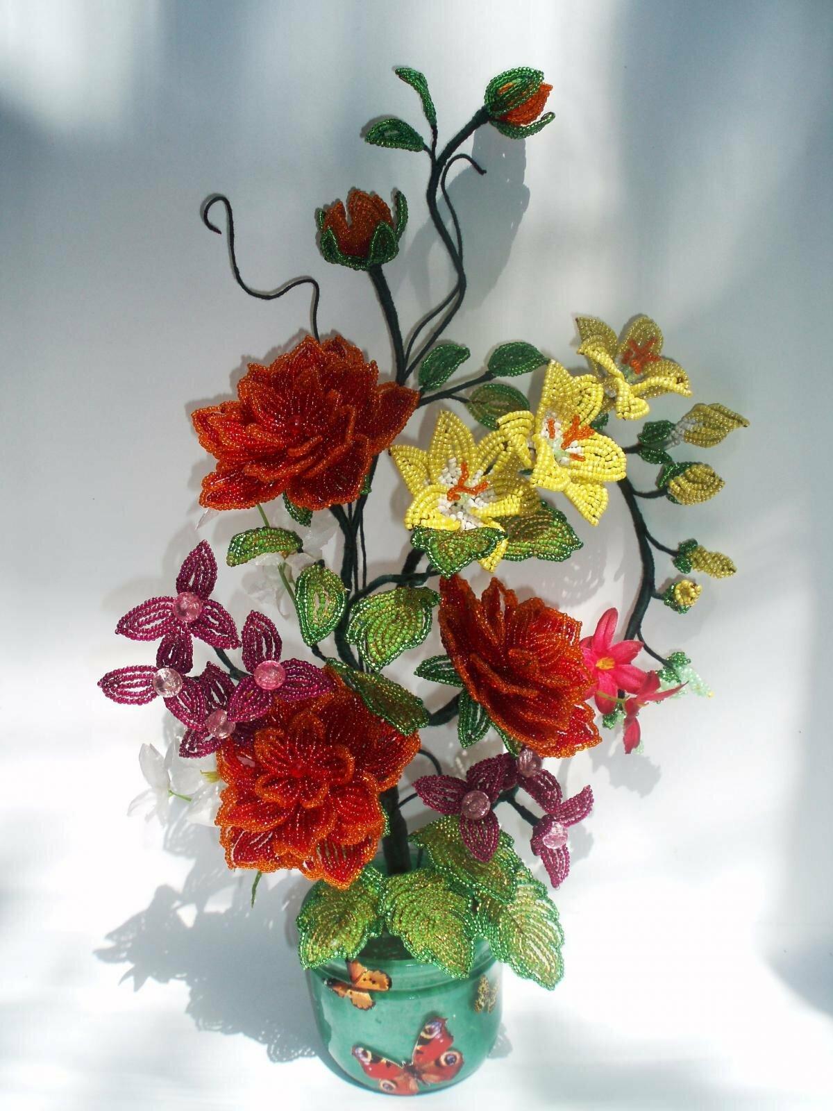 Цветы букеты композиции из бисера