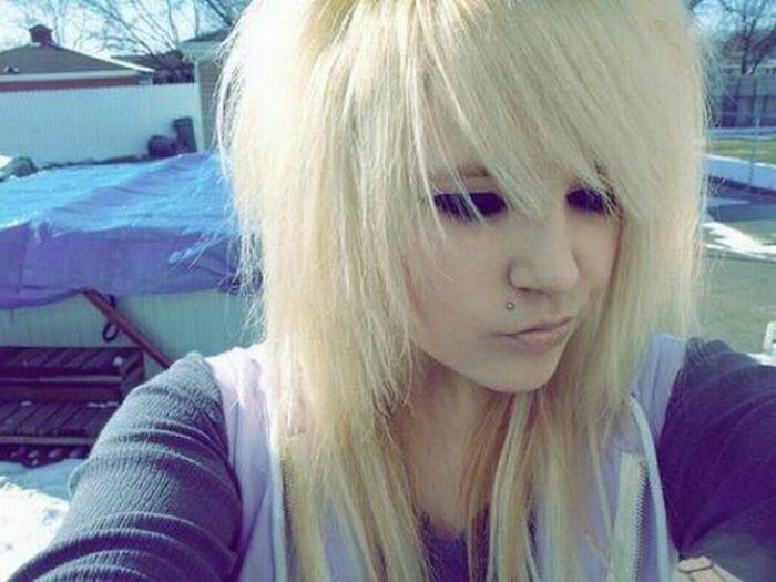 Обычные девушки блондинки эмо — img 11