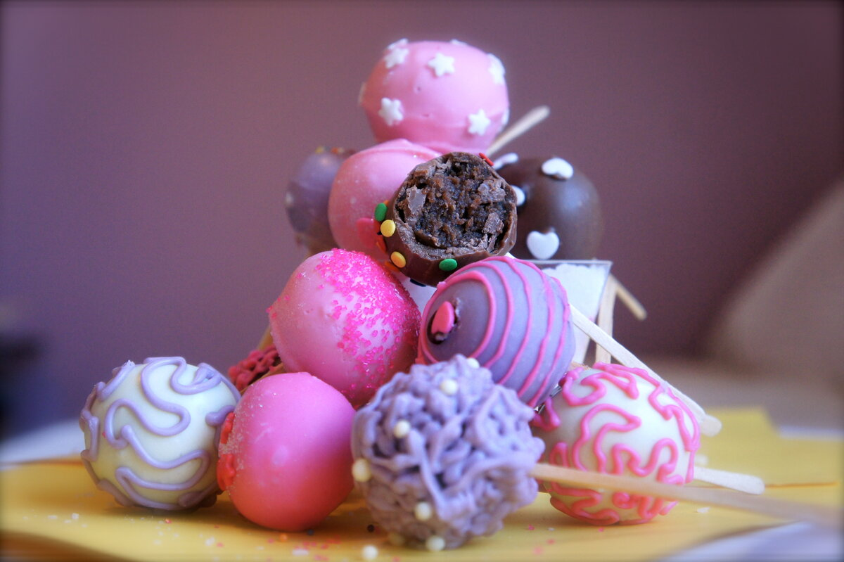 картинки со сладостями на аву британцы