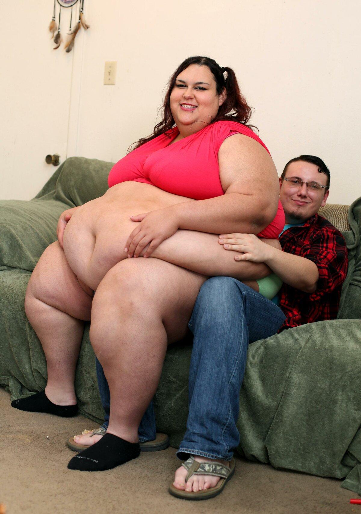 Как ебут очень толстых баб