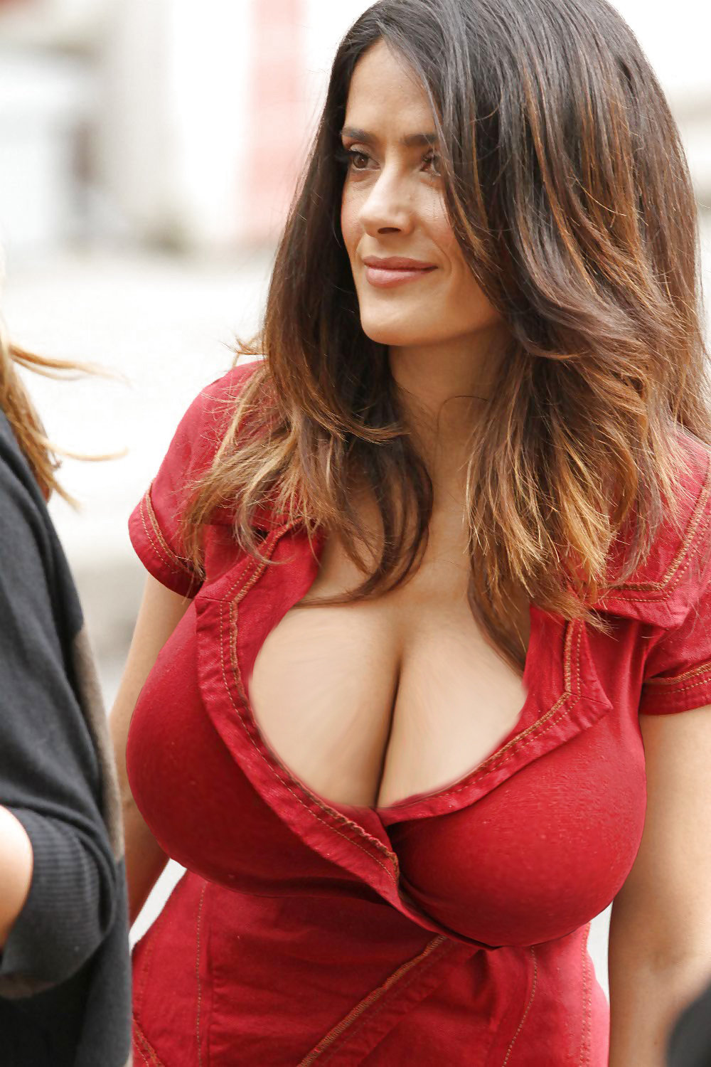 Big hot breast woman — pic 14