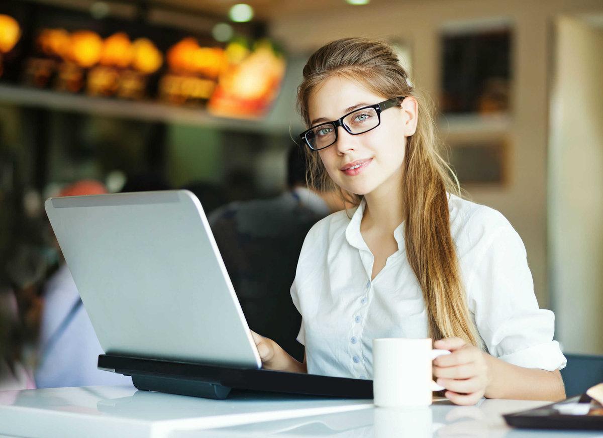 Девушки в онлайн сайт