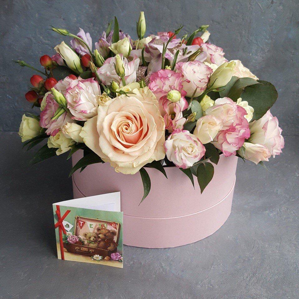 Ссылки на красивые букеты цветов в коробках фото