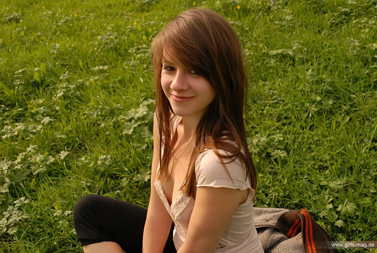 Hot young teen girl movies