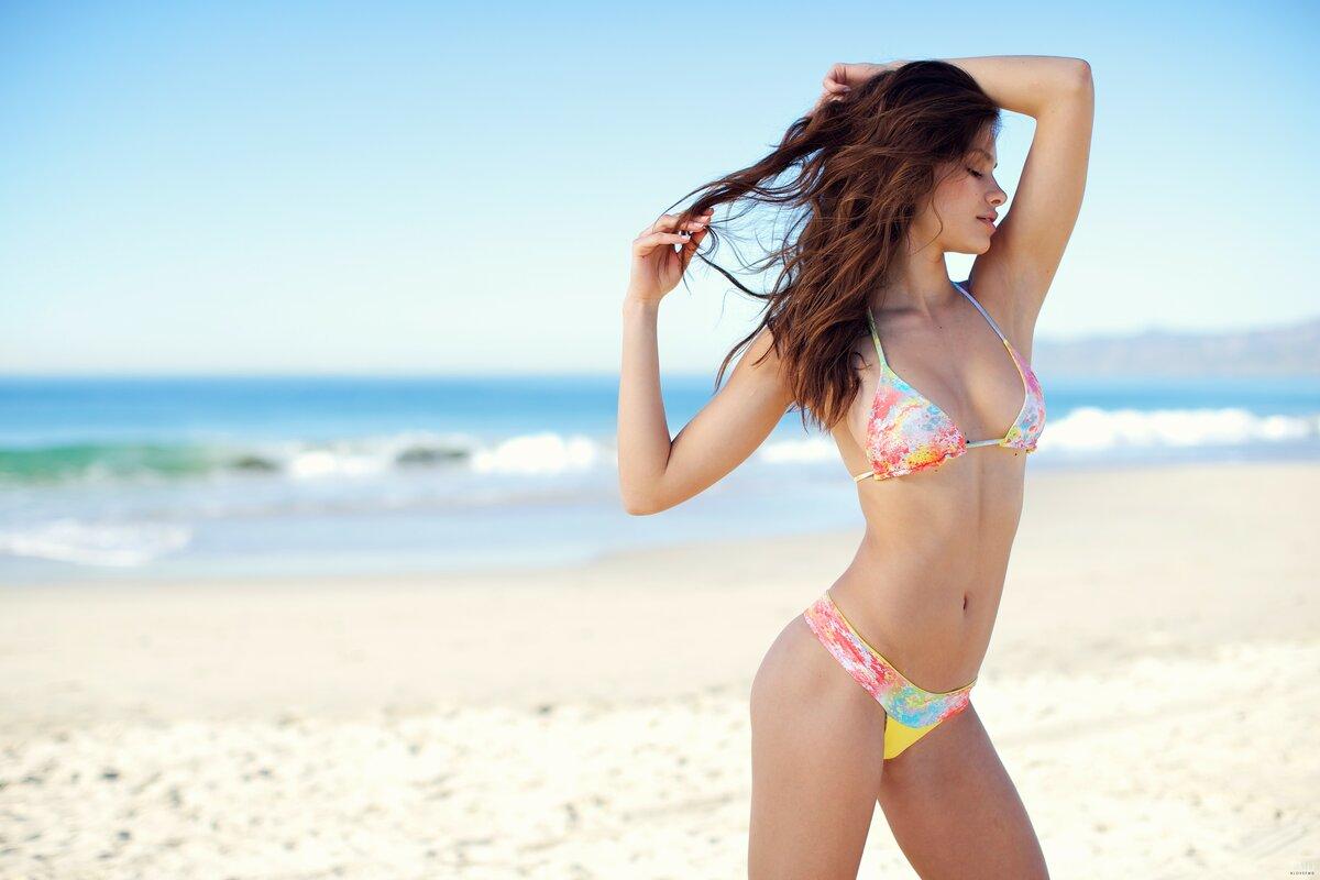глазки фото южная красавица на пляже люблю эту песню
