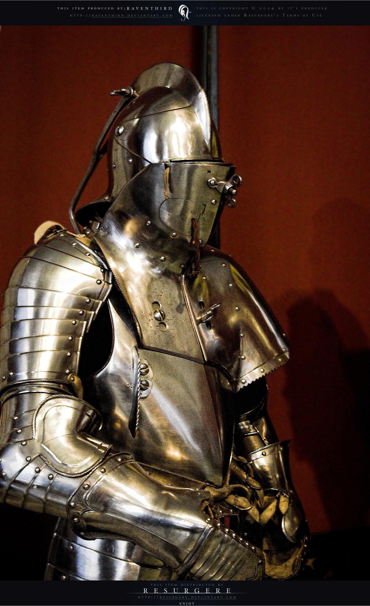тарасов заявил, доспехи средневекового рыцаря фото важно, чтобы человек