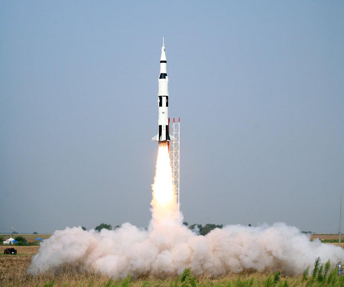 Выходными, картинка с ракетами