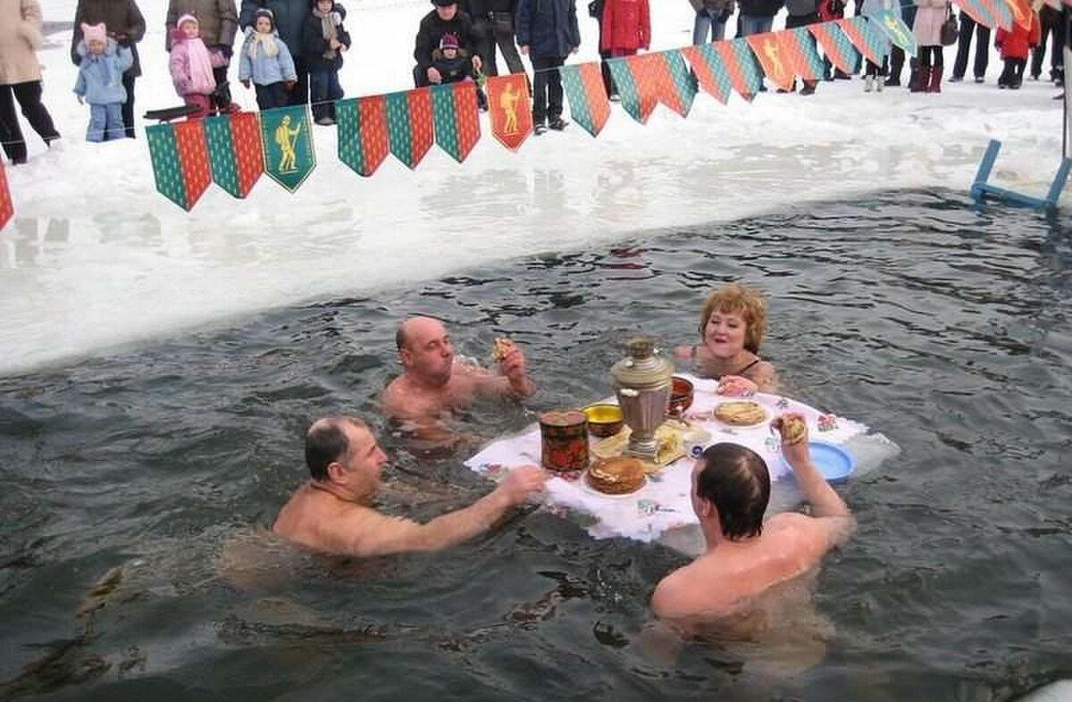 Крещение прорубь смешные картинки