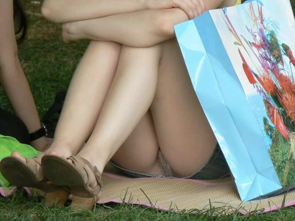 кавказе, чтобы видео подсмотр девушек под юбкой бабы большими сиськами