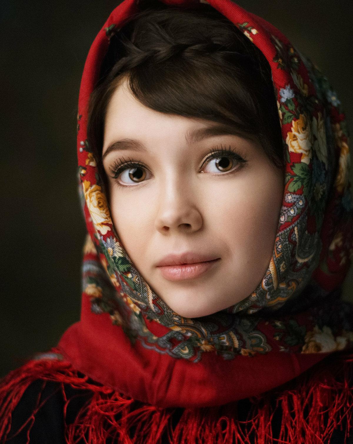 Фото в платке девушек
