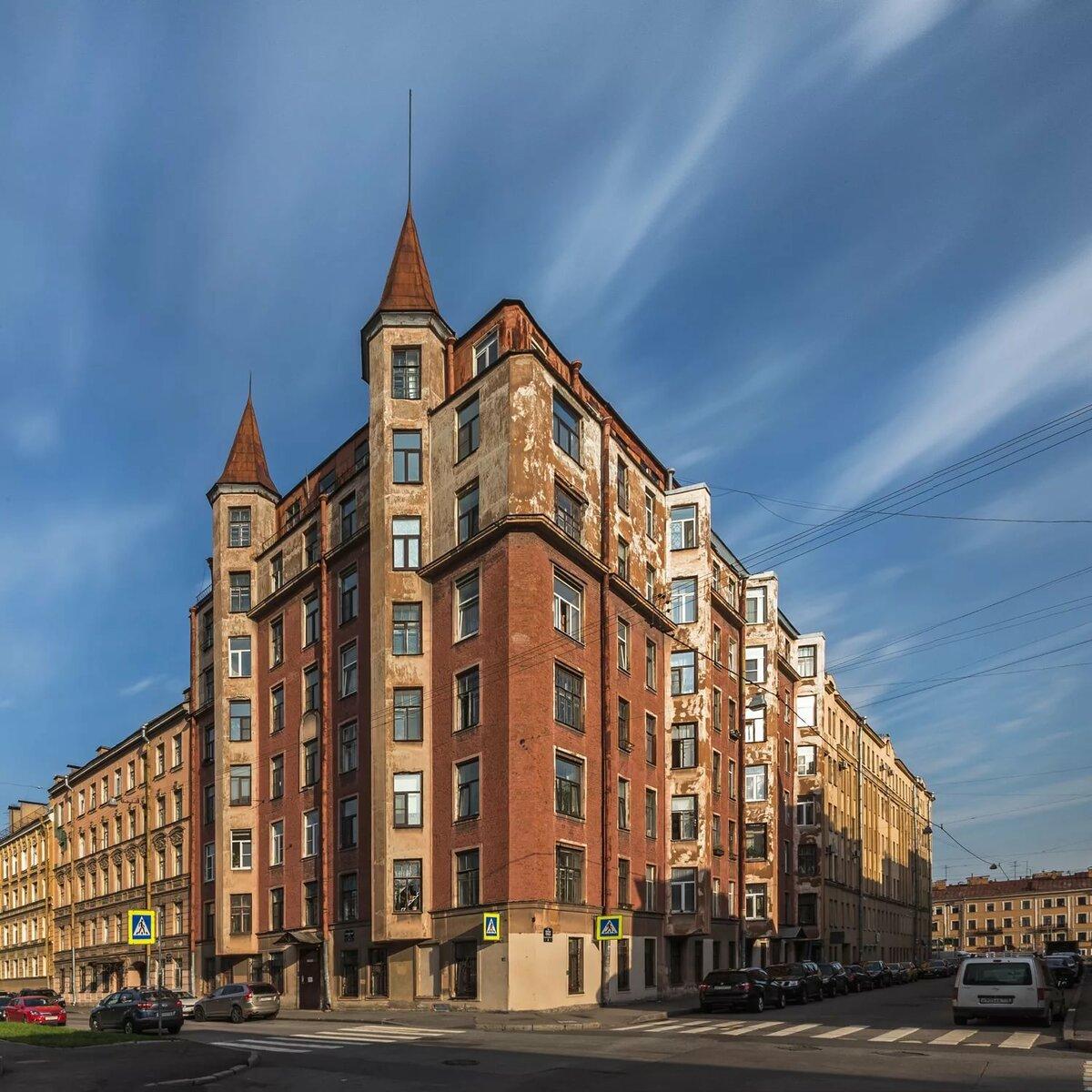 его фото необычных зданий в санкт петербурге цвет это прекрасная