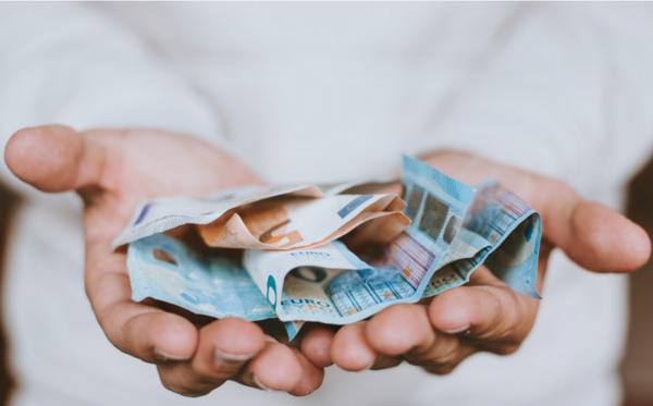 15 мая бизнесмен запланировал взять кредит в банке 12 млн на 19 месяцев